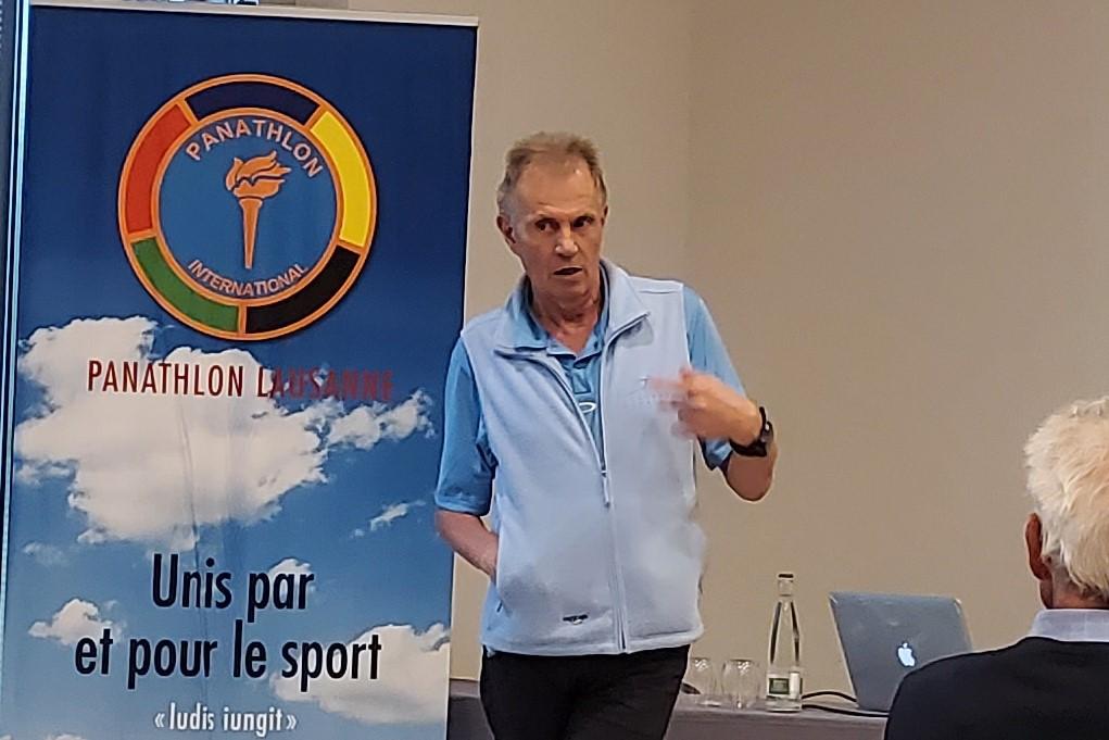 Le Dr Gérald Gremion en conférence